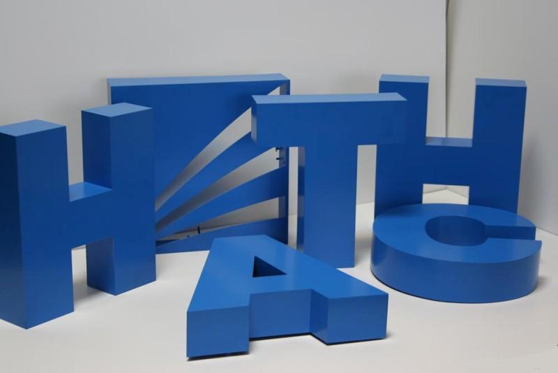 Какие объемные буквы подходят для рекламы? Простые советы по выбору